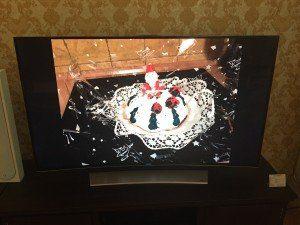 Tadaaa... Da ist der leckere Weihnachtskuchen. Von unserem Smartphone direkt auf den TV gestreamt.