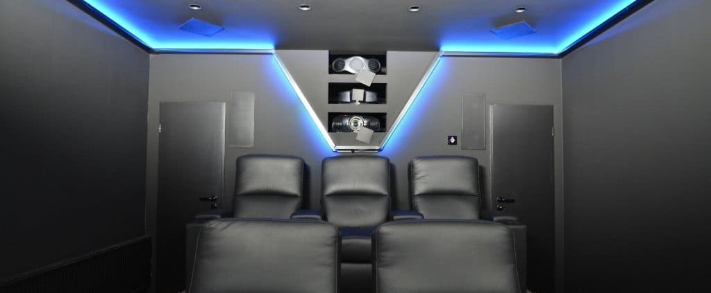 Referenzkino Tron Sitzreihe