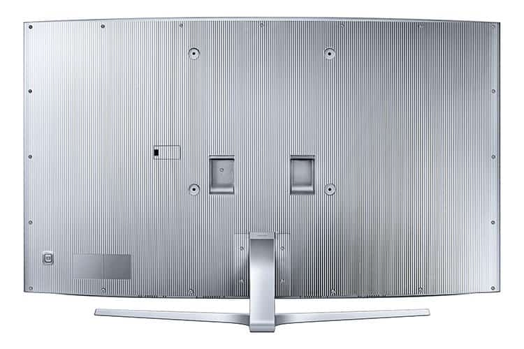 Die Rückseite des JS9090 wurde lamellenartig gestaltet und eröffnet somit aus jedem Blickwinkel elegante Perspektiven.