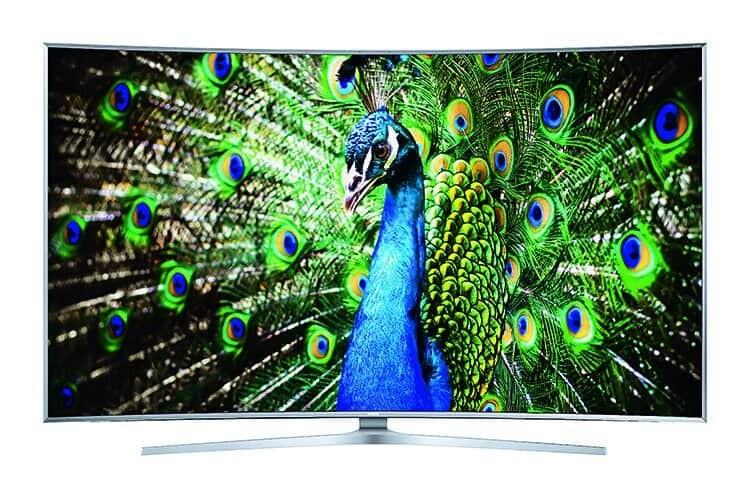 Das Samsung Curved TV Flaggschiff 2015, der SUHD TV JS9590, bietet dank Nanokristallen realistischere Farben als bisherige UHD TVs.