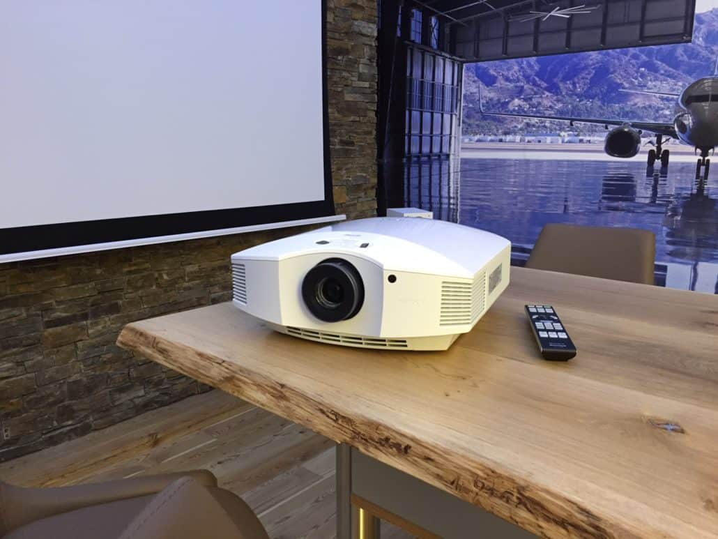 Sony VPL-HW45 weiß