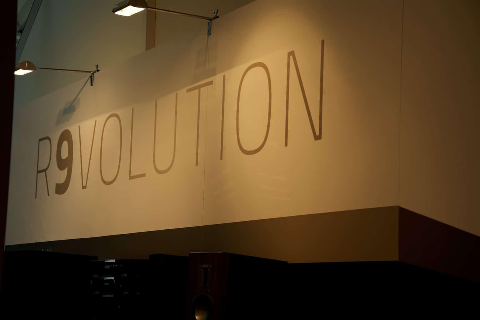 Aurum 9 R9volution