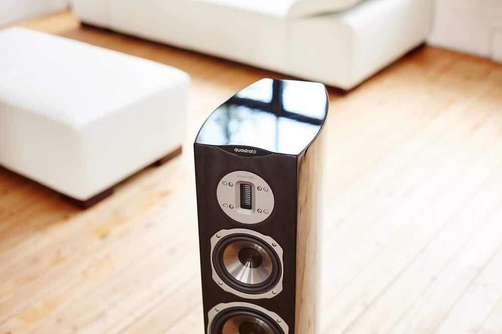 quadral chromium style 8 heimkinopartner. Black Bedroom Furniture Sets. Home Design Ideas