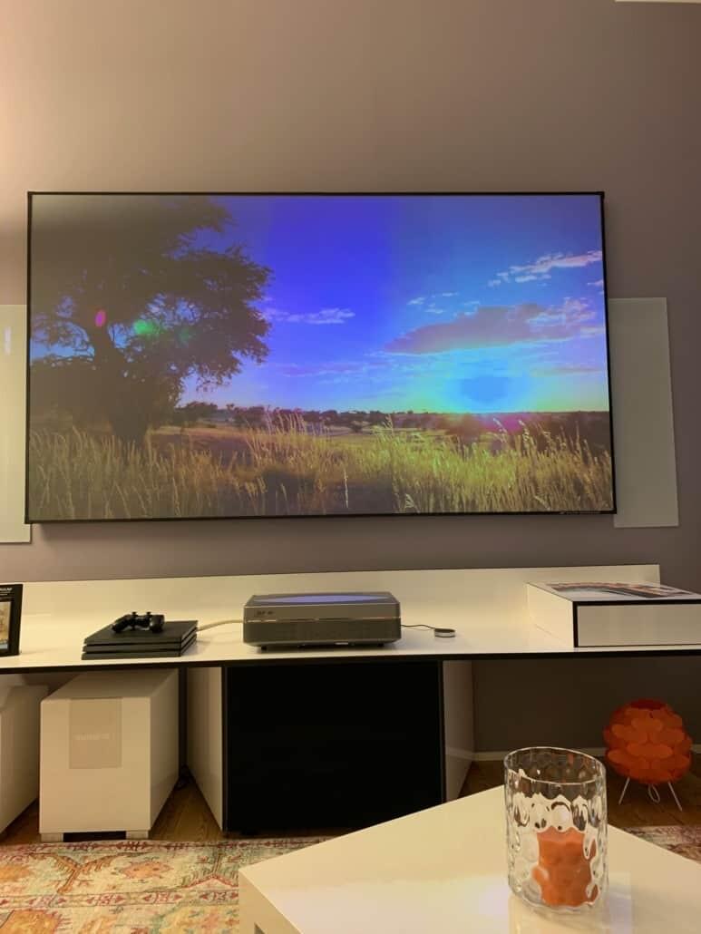 Changhong CHiQ B5U UST Laser TV im Test