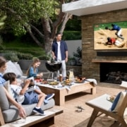 Samsung The Terrace - Outdoor Fernseher