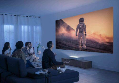 Samsung LSP7 The Premiere Laser TV Die richtige Leinwand für einen Laser TV