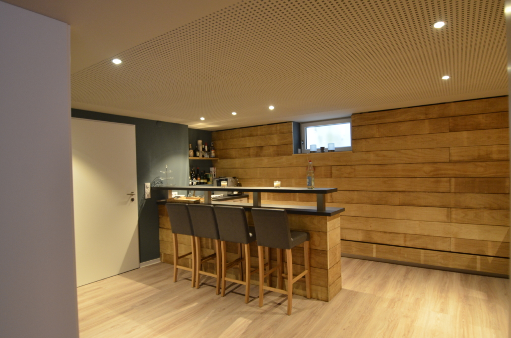 Heimkino Wood